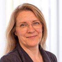 Dr. Gabriela Köster